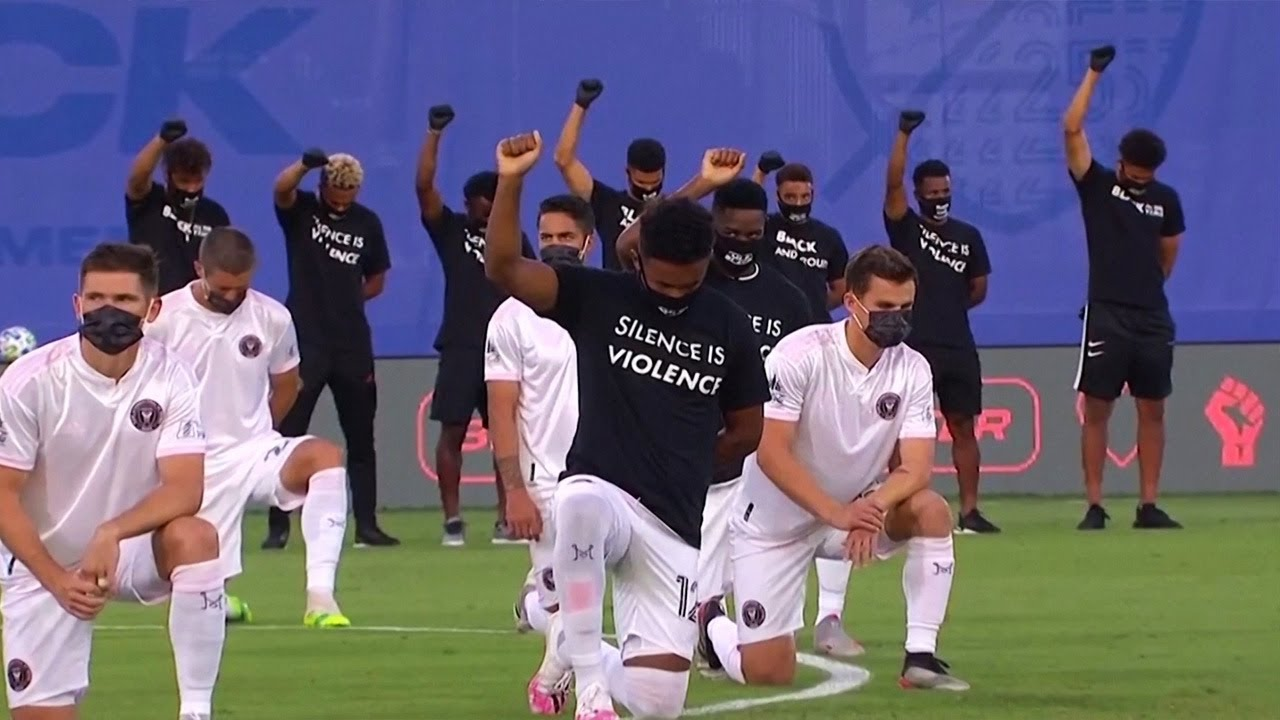 Soccer players take a knee Black Lives Matter movement